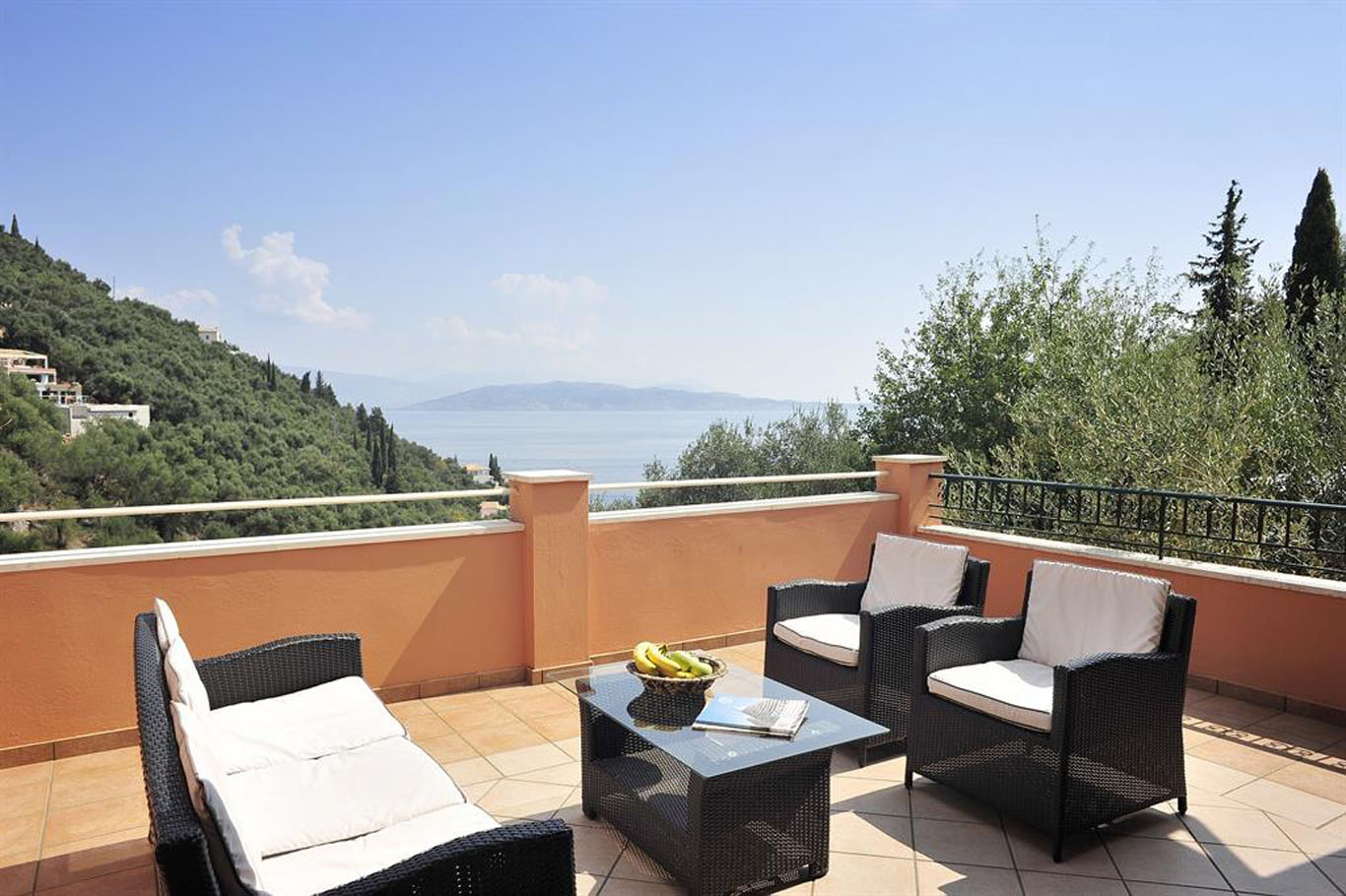 Villa Christina Kaminaki Villas